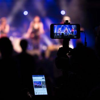 پخش زنده رویدادها